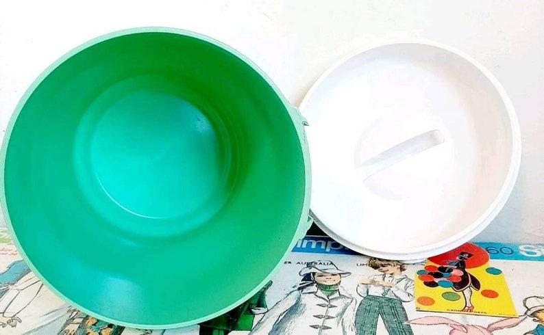 Vintage Bristolite seafoam green plastic Kitchen Storage canister pastel Jadeite Kitsch Mid century white lid 1950s