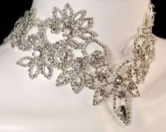Luxury Womens Rhinestone Choker Formal Necklace for Bride Wedding Collar 1920s Style Prom Pageant Unique Adjustable Crystal Sparkly Jewelry