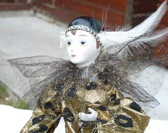 VENTE 50 % de réduction Vintage Français poupée en porcelaine de Colombine. Poupée en porcelaine. Décor à la maison. Collection. Équipe TPT. Trouvailles de l'été
