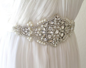 Bridal Chunky Pearl Rhinestone Sash. Ccrystal Applique Wedding Belt. PEARLS N CRYSTALS
