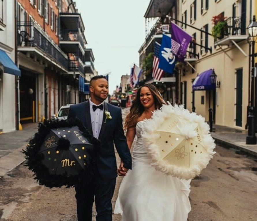 Bride And Groom New Orleans Wedding Second Line Umbrellas Set Etsy