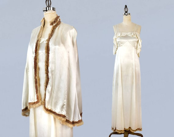 1930s Wedding Dress / 30s Fur Trim Gown and Cape S