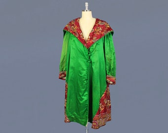 1920s Coat / 20s Candy Apple Green Satin Coat / Peacock Embroidery