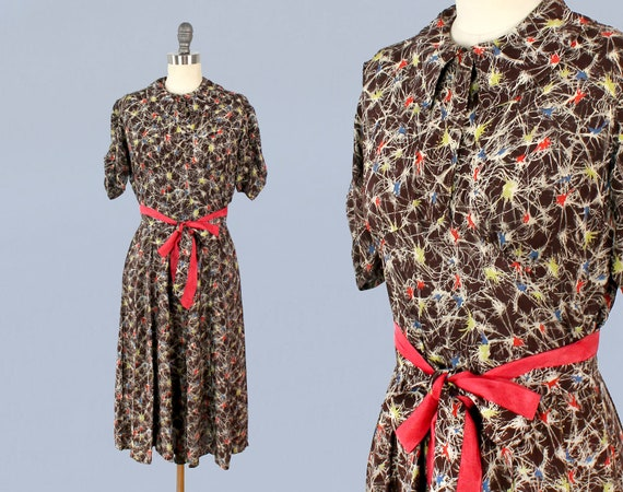 1930s Dress / Late 30s Early 1940s Day Dress / 193