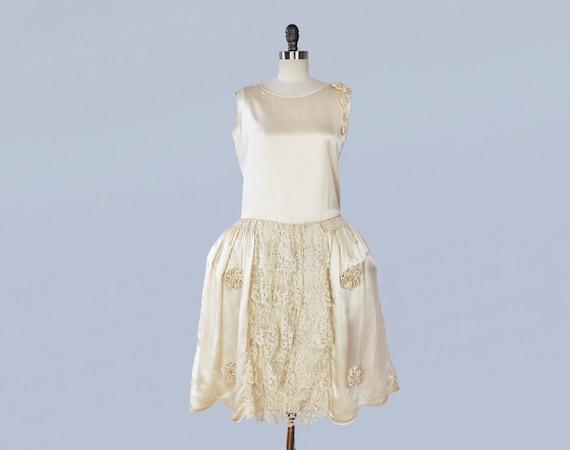 RARE 1920s Wedding Dress / 20s Robe de Style Ivory