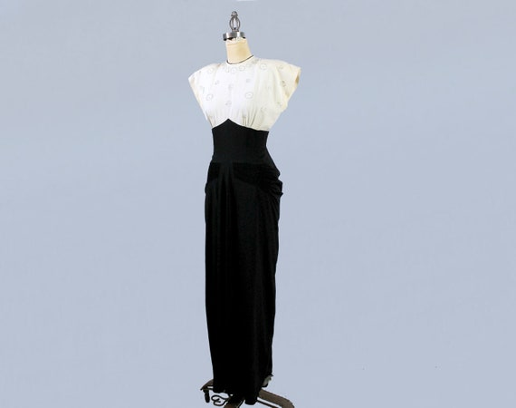 1940s Gown / 40s Color Block Black and White Drap… - image 3