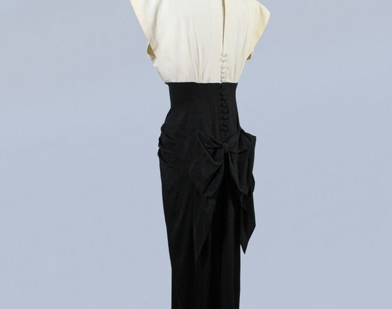 1940s Gown / 40s Color Block Black and White Drap… - image 5