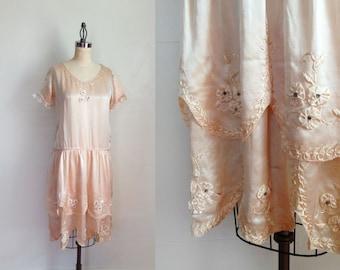 1920s Wedding Dress / Ivory Satin Flapper Dress / Rosettes Rhinestones / M