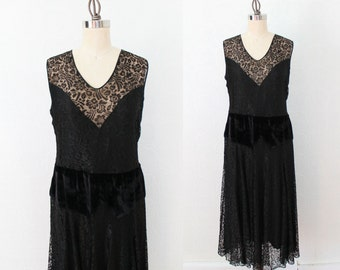 1920s Dress / Lace Illusion Dress / Velvet Dropped Waist