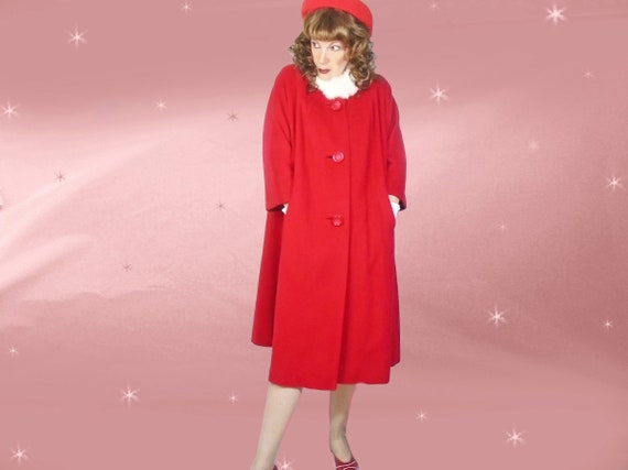 6779f62394ff4 50s Vintage Red Cashmere Coat One Size Midi Fall Winter Retro