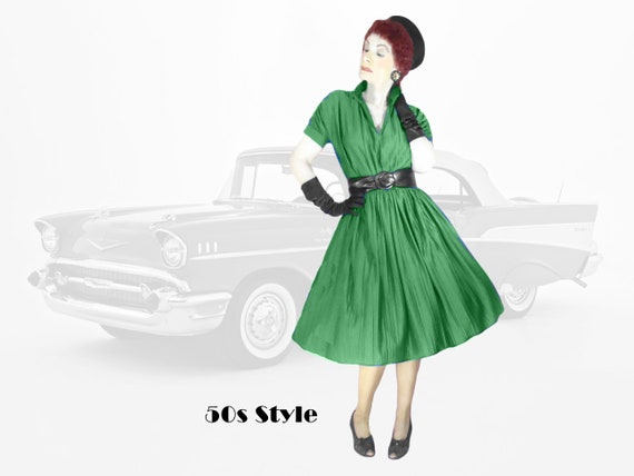 1950s Purple Fit /& Flare Dress Cupcake Retro Pinup Day Dress 28