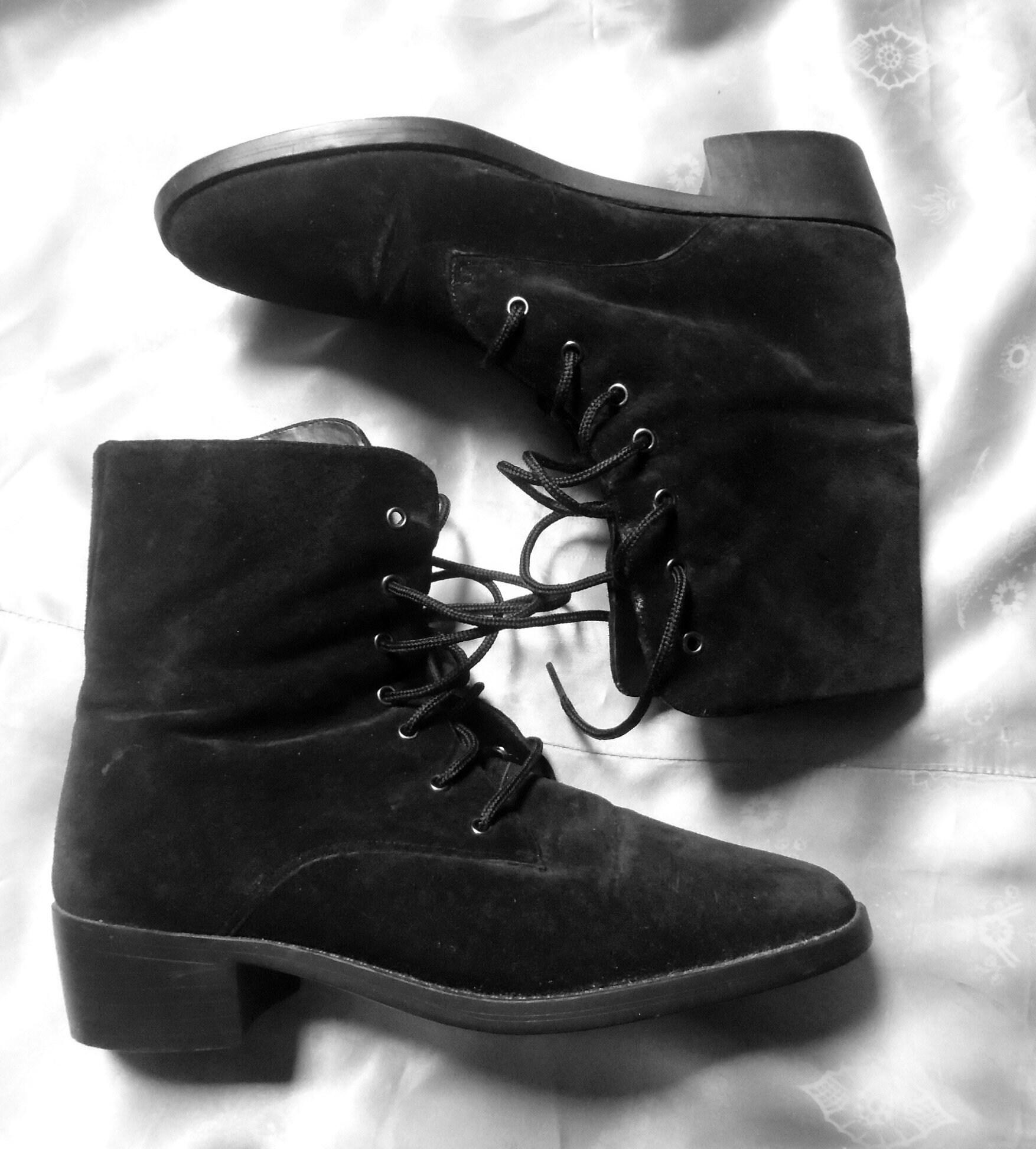 Años 90 negro botines vintage cordón de de de gamuza hasta abuela Punk Grunge botines 7 agujero encaje Ups bajo grueso tacón mujer tamaño 7 5e928d