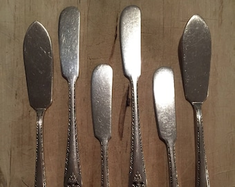 6 Holmes & Edwards Lovely Lady Butter Spreaders