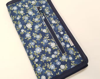 """Single Point Needle Case for 7"""" to 10"""" straights needles in Blue Small Floral"""