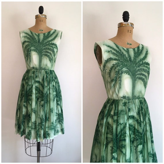 Vintage 1950s Tree Novelty Print Dress 50s Green C