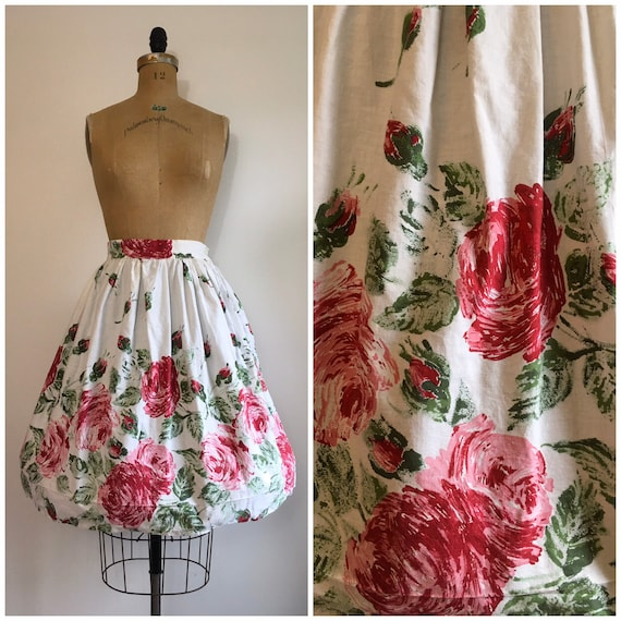 Vintage 1950s Novelty Print Skirt Floral Rose Bord
