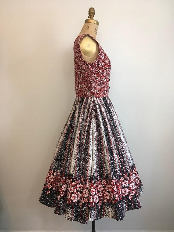 Vintage 1950's Border Print Floral Novelty Dress … - image 4
