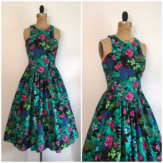 Vintage 1980s All That Jazz Floral Garden Party Dr