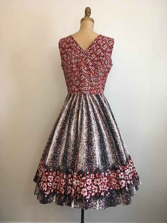 Vintage 1950's Border Print Floral Novelty Dress … - image 5