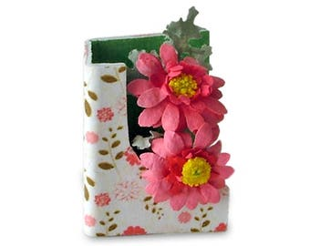 Miniature flower card, greetings card with pink gerbera daisies, for 12th scale dolls' house