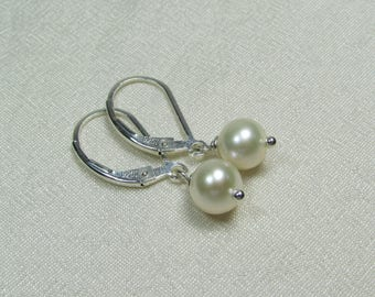 Real Pearl Earrings Bridesmaid Jewelry Freshwater Pearl Bridesmaid Earrings Bridesmaid Gift Wedding Jewelry Sterling Silver Drop Earrings