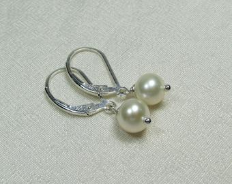 Real Pearl Earrings, Freshwater Pearl Bridesmaid Earrings, Bridesmaid Jewelry, Bridesmaid Gift, Wedding Jewelry, Pearl Bridal Earrings