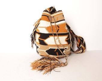 8d966c367 classic woven SOUTHWEST 1960s 70s single strap vintage woven BUCKET bag  purse