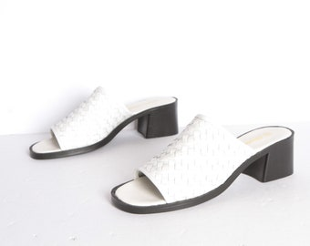 35573d18efa4 white leather MULES vintage open square toe vintage slip on PLATFORM heels  size 9