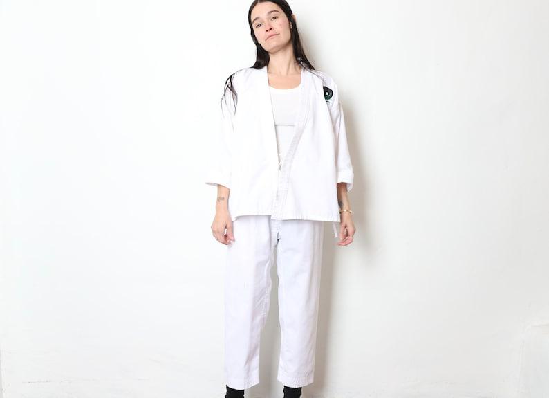 vintage 1980s PRAYING Mantis YIN YANG white two piece karate taekwondo women/'s outfit set