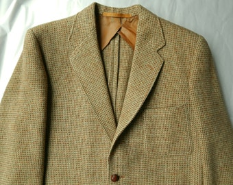 9624433d9e8 1940s Harris Tweed Sport Coat made in England.