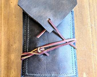 Dark Oil Tanned Leather Cigar case.