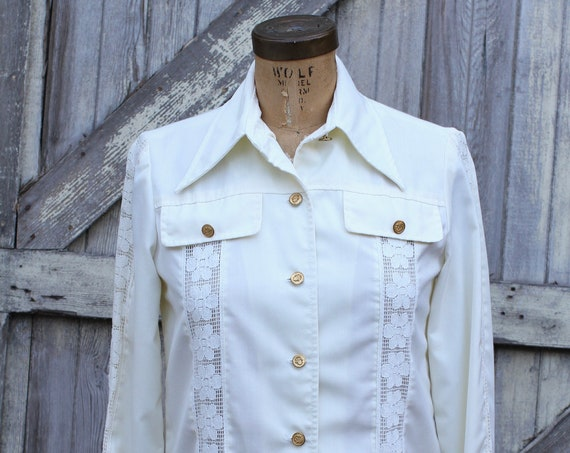 Vintage Boho Shirt Jacket, Herman Marcus of Dallas, White with Lace Inserts, White Coat, White Long Sleeve Shirt, 1960's 1970's, small med