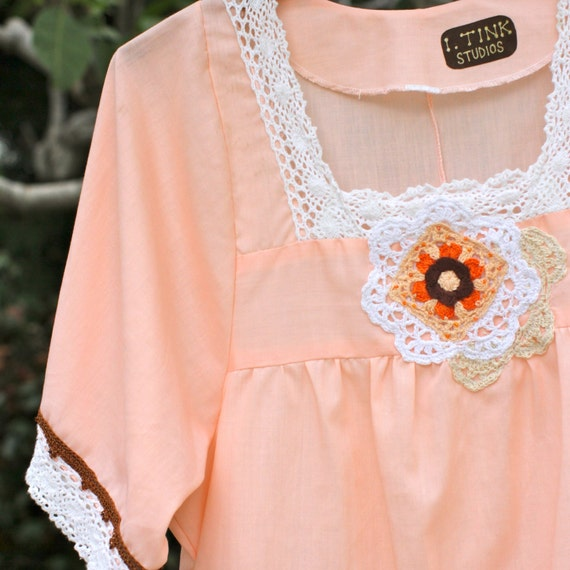 Upcycled Blouse, Vintage Boho Hippie Blouse, 70's Peasant Top, Peach Blouse, Boho Chic Peasant Top, Short Sleeve, OOAK, small, medium