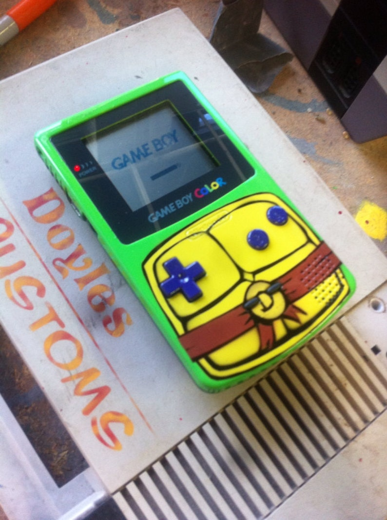 TMNT gameboy color custom with new screen cover with front lit screen kit