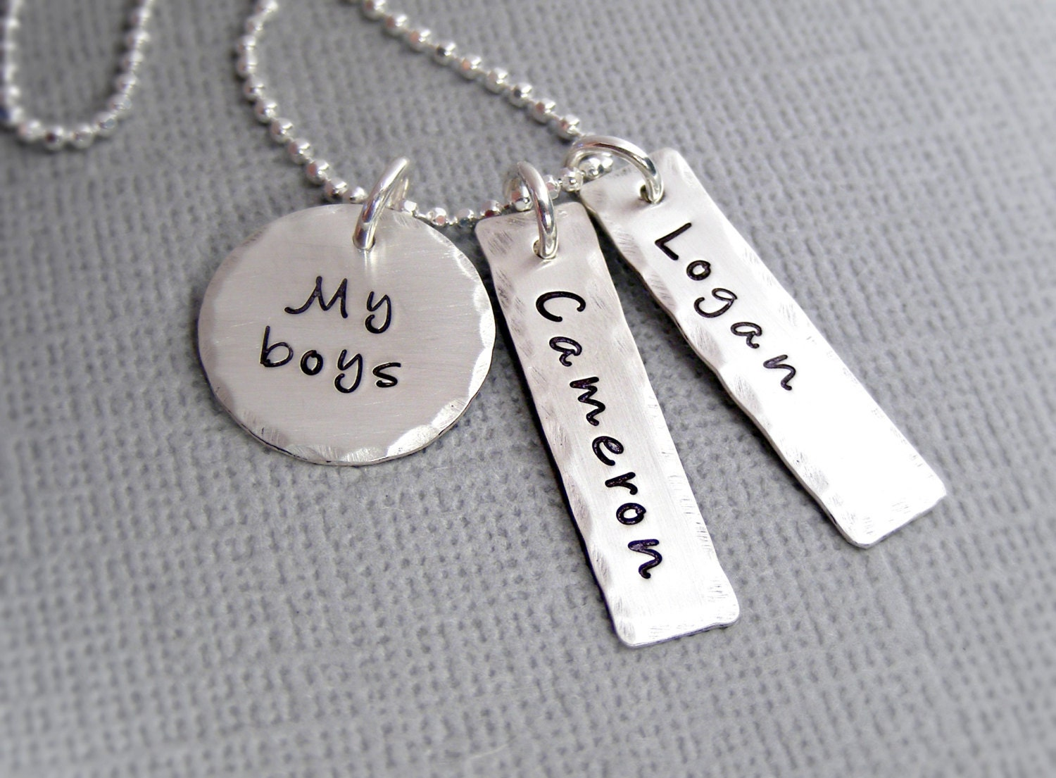 b1a88bf066478 Personalized mothers necklace - Custom Mother's Jewelry - Personalized  Mothers Gift - Mother Son Necklace - My Boys Necklace - Mom jewelry