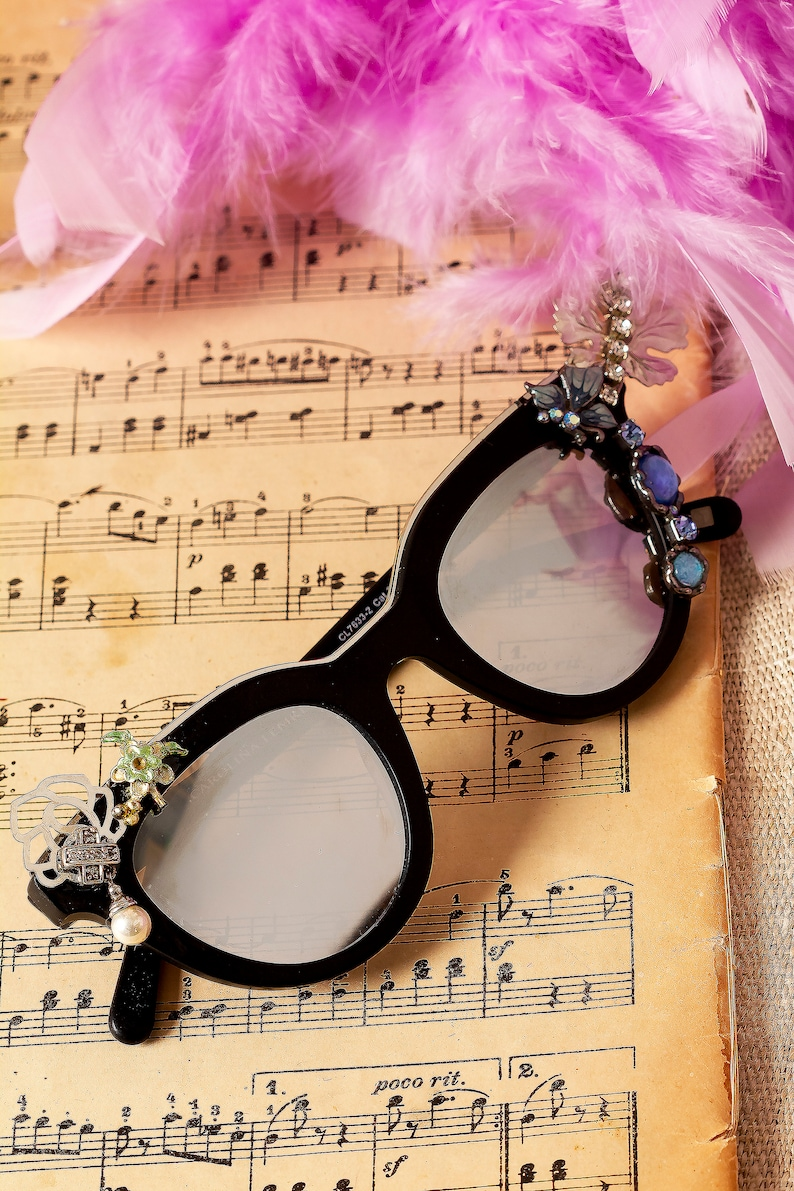 f8754e2bf700 Festival Sunglasses Embellished Eyewear Mod Sunglasses