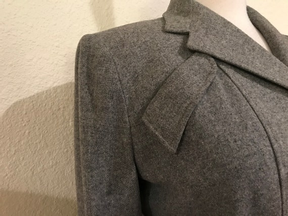 Vintage 1940s Grey Wool Fitted Tailored Suit Jack… - image 4