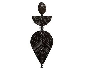 """Fiber Sculpture – SHIELDMAN – Dark Brown with White Embroidery– 27.5""""H x 6.5""""W"""