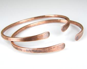 Minimalist Bracelet - Thin Copper Bracelet - Hammered Copper - Stacking Bangle - Gift For Her - Copper Wire Bangle - Bracelets for Women