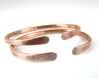 Mens Copper Bracelet - Thick 6 Gauge Copper Cuff - Gifts For Men - Hammered Copper Wire Bracelet - Arthritis Bracelet - Copper Patina