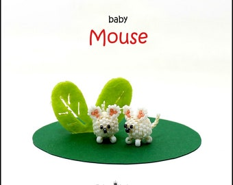 Bead pattern DIY beaded baby mouse made with seed beads, delica beads and round beads