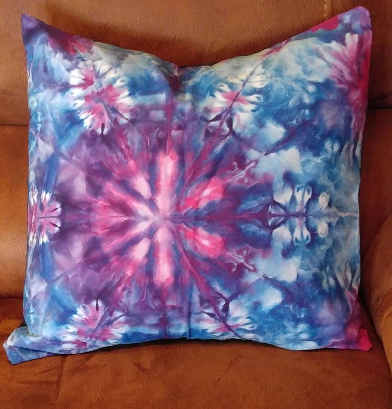 edd4e9f52fbdfd Decorative Throw Pillow Ice Dyed One of a Kind in Purple Blue