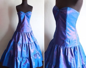b5c48f4d4e 1980 s Jessica McClintock Blue   Pink Shot satin Prom Dress with Full  Layered Skirt - Electric Blue Party Dress - Retro Ball Gown Size US 6