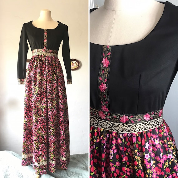 Fabulous Vintage 1960's dress Black and floral dre