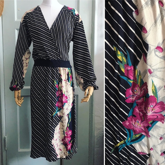 Vintage 1980's Black, cream and Pink Graphic flora