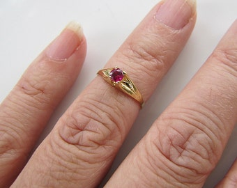 Kawaii 14K Gold Girl Ruby CZ Ring, size 3, pinky ring, knuckle ring or girl baby ring