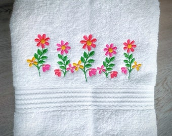 Summer Daisies 5 flowers in a row, floral line of 5 simple cute blossoms - machine embroidery designs size 4, 5, 6, 7inches INSTANT DOWNLOAD