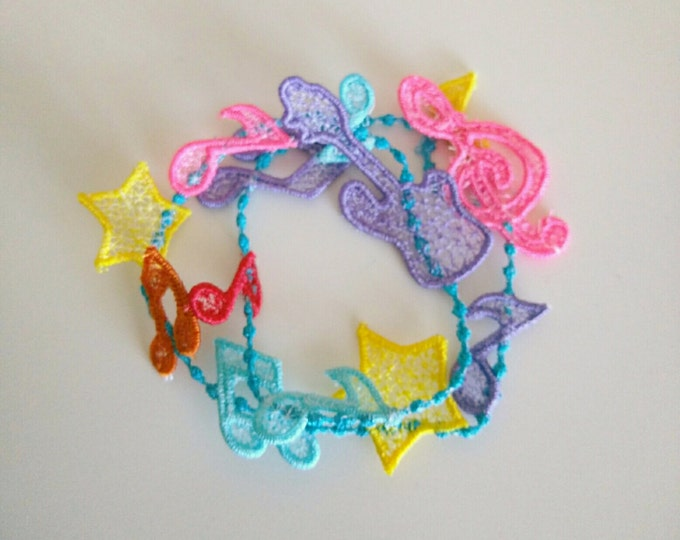 Lace music bracelet FSL, Free standing jewelry embroidery design  4x4  water soluble stabilizer EMBROIDERY