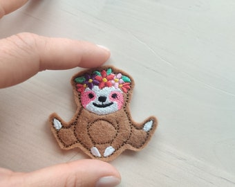 MINI Sloth light stitch outline feltie small vinyl sloth with floral crown machine embroidery design embroidery designs  2, 2.5 and 3 inches