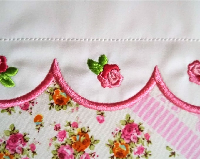 Precious accent mini rose, small rose, small flower, mini roses, mini, wee, micro rose machine embroidery designs, sizes 0.4, 0.8, 1 , 1.2